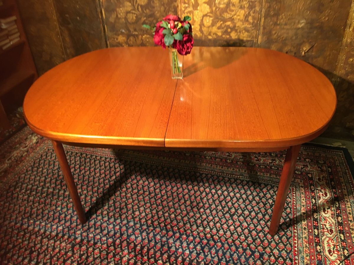 Mid Century G-Plan dining table €495